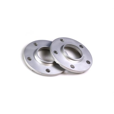 Spacers Bultmönster: 5x112 / Centrumhål: 66,6mm